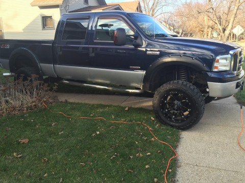 "2005 Ford F 350 35"" Muddders 5′ lift for sale"