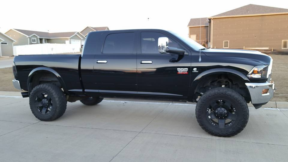 Watch furthermore Watch furthermore 2012 Dodge Ram 3500 Mega Cab Laramie Edition 4x4 likewise 1997 Dodge Ram Wiring Schematic further Scotts L1742 Wiring Diagram. on 2006 dodge 2500 wiring diagram