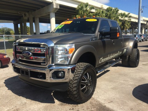 Ford F350 Lariat Super Duty Dually Crew Cab 4×4 for sale