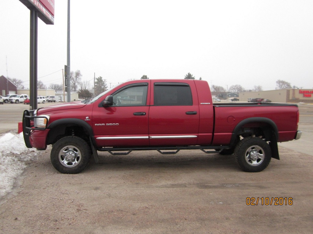 2006 dodge ram 3500 megacab 4x4 5 9l cummins for sale. Black Bedroom Furniture Sets. Home Design Ideas