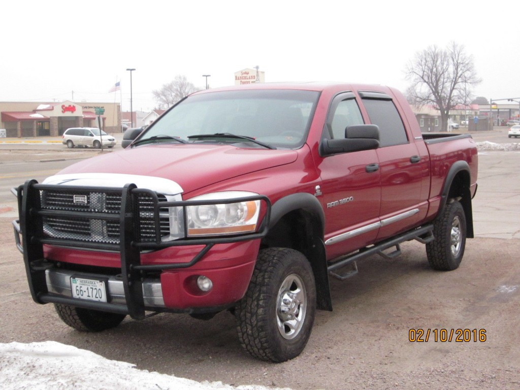 2006 Dodge Ram 3500 Megacab 4x4 5 9l Cummins For Sale