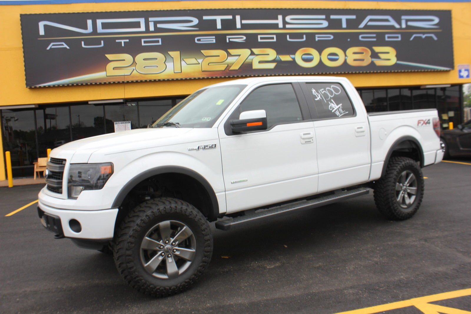 2014 Ford F 150 LIFT TRUCK Extended Cab Pickup for sale