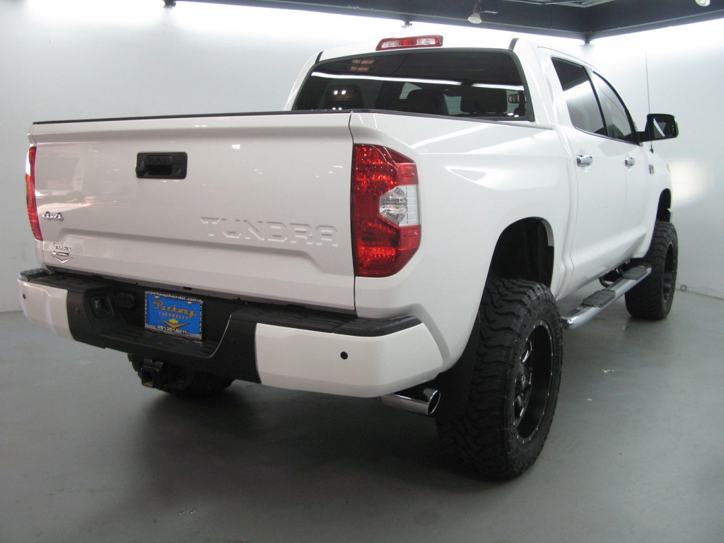 2015 toyota tundra 1794 edition crew cab 4wd pickup 4 door 5 7l lifted