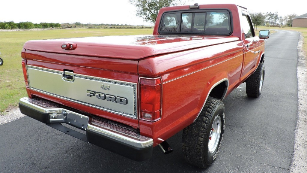 1988 Ford Ranger XLT 4×4 LWB V8 Show Truck for sale
