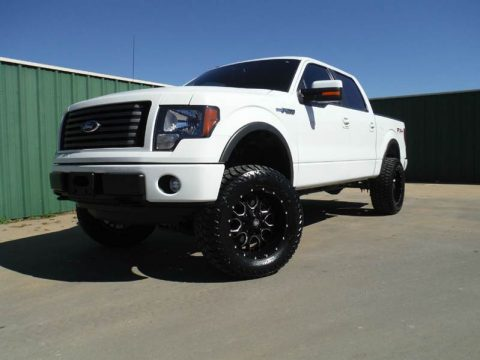 2011 Ford F-150 FX4 4×4 with brand new lift kit for sale