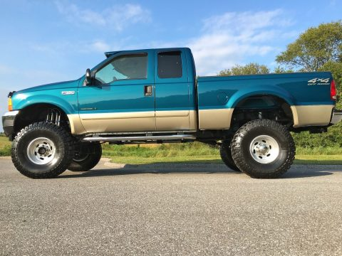 Low mileage 2001 Ford F-350 Lariat Powerstroke for sale