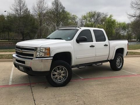 Lifted 2010 Chevrolet Silverado 1500 LT rough running for sale