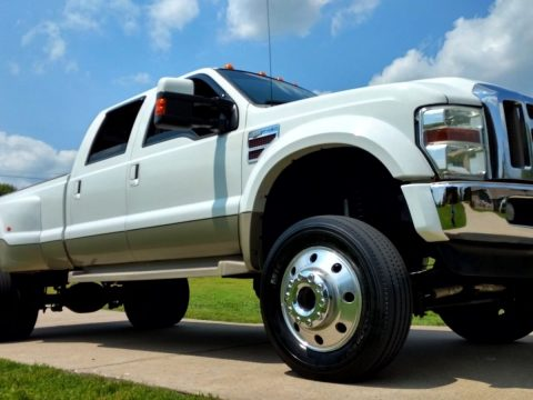 Awesome looking 2008 Ford F 450 Lariat lifted truck for sale