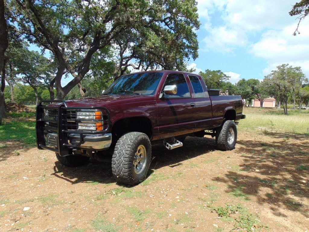 Burgundy hauler 1993 Chevrolet Pickups lifted