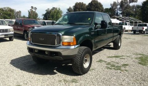 Green beast 2001 Ford F 250 Lariat lifted truck for sale