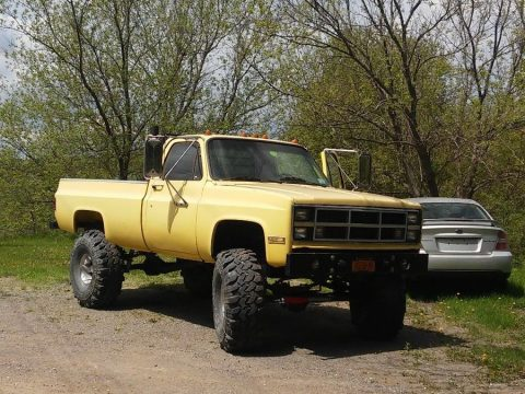 Heavily upgraded 1982 Chevrolet C/K Pickup 2500 lifted truck for sale