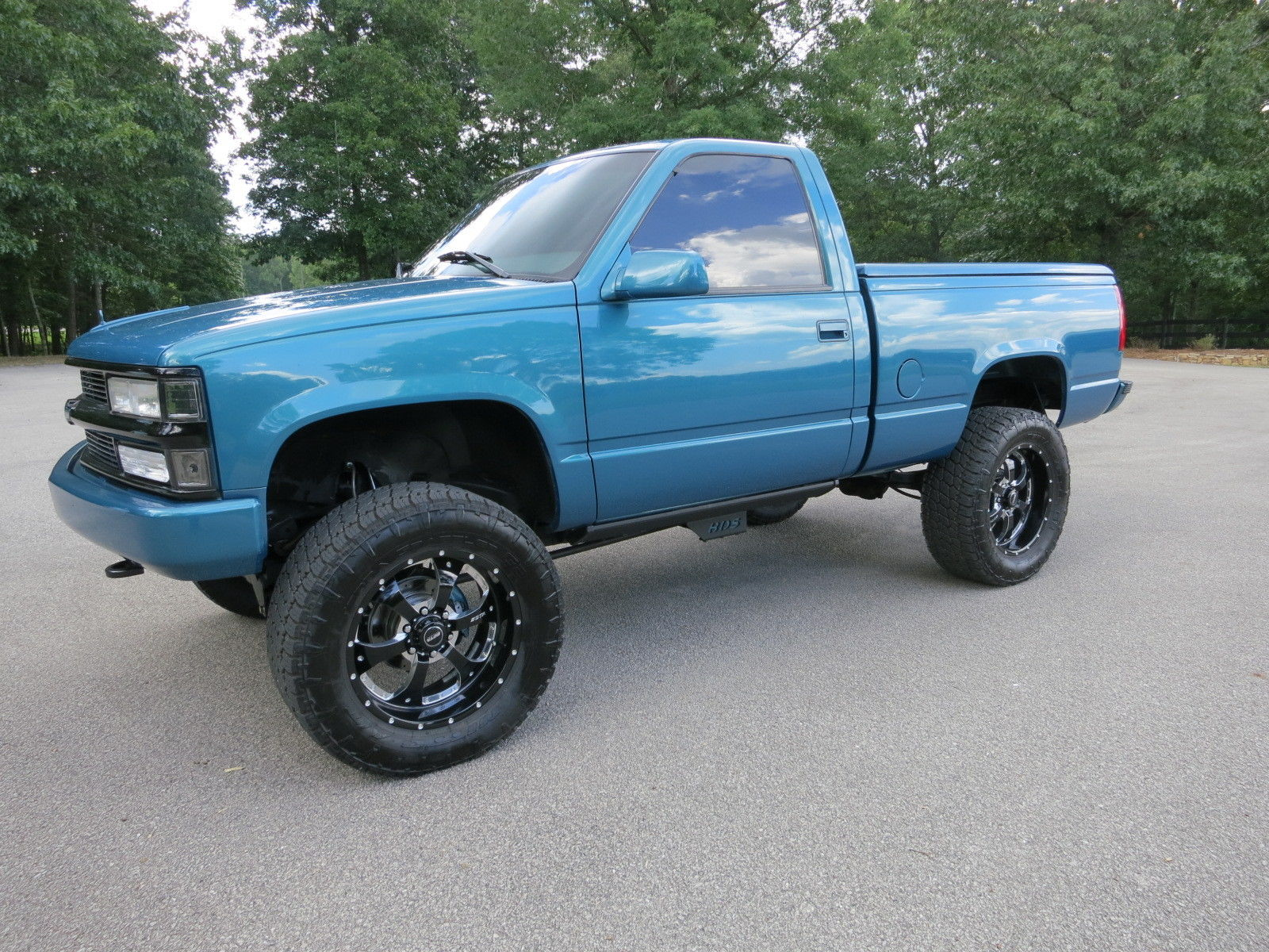 1997 Chevy Silverado For Sale >> Completely Tricked Out 1997 Chevrolet Silverado 1500 Lifted
