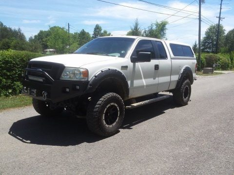 Camper top 2007 Ford F 150 lifted truck for sale