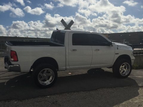 Leather seats 2016 Ram 1500 Bighorn lifted for sale