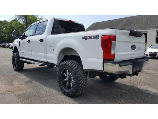 low miles 2017 ford f 250 super duty xlt lifted for sale. Black Bedroom Furniture Sets. Home Design Ideas
