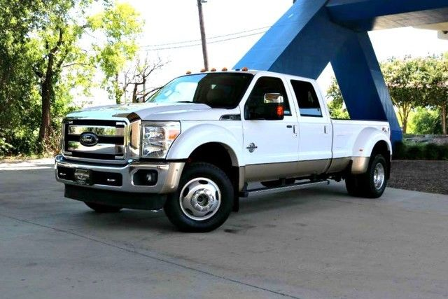 equipped  ford   lariat lifted  sale