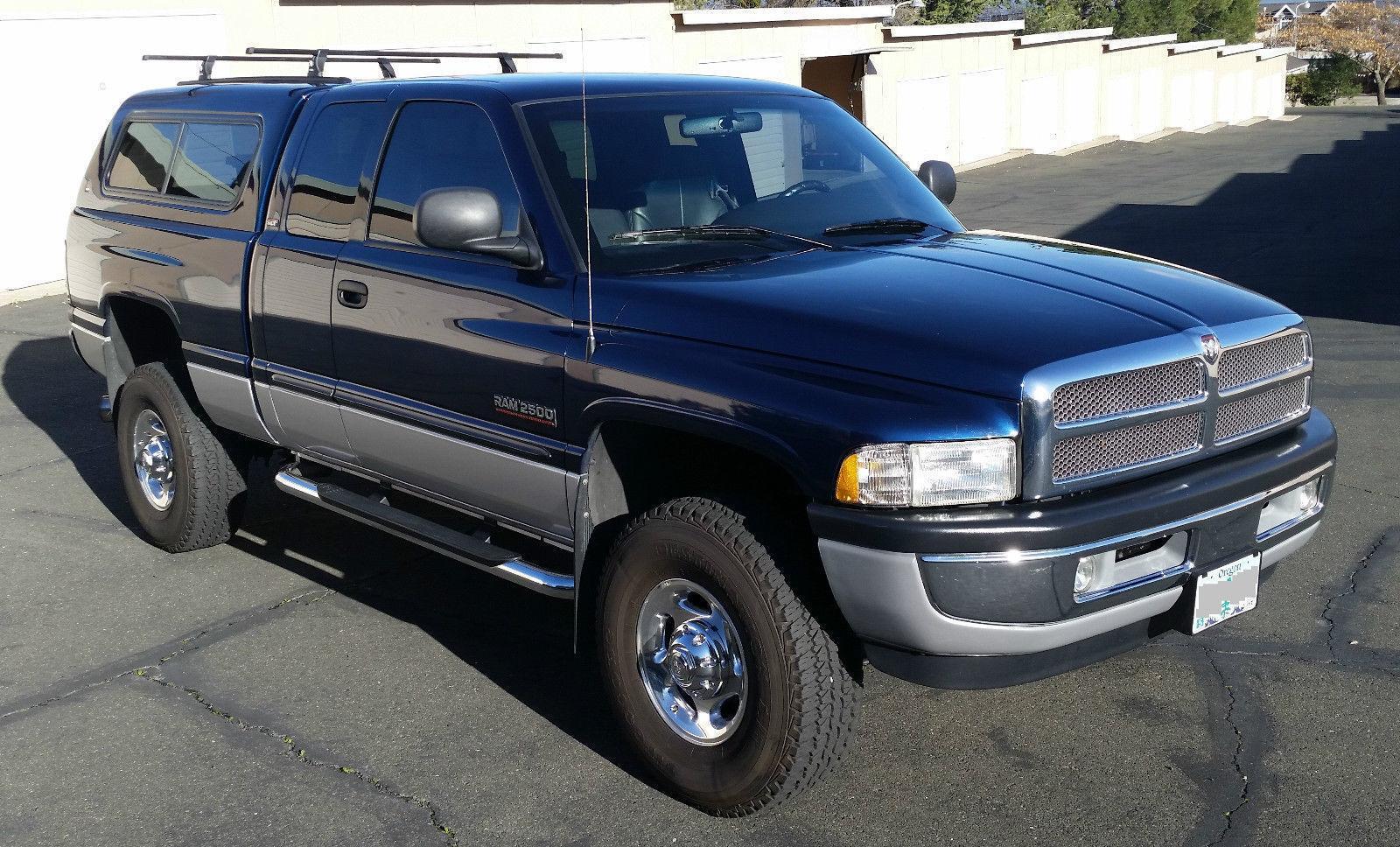 fully loaded 2001 Dodge Ram 2500 SLT lifted