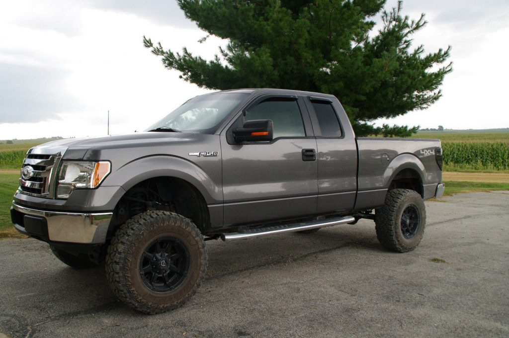 new parts 2010 Ford F 150 XLT lifted