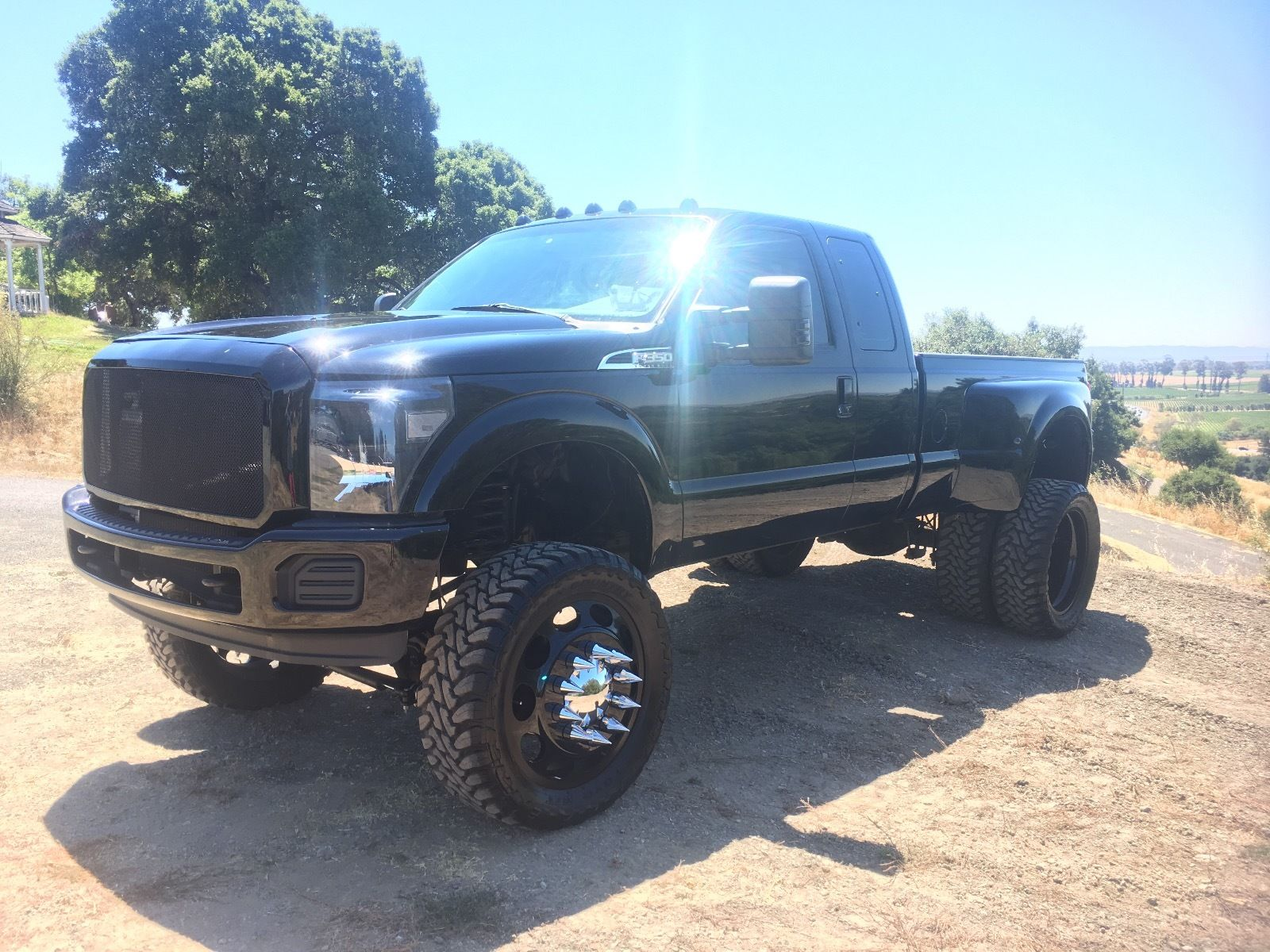 badass 2008 Ford F 350 lifted