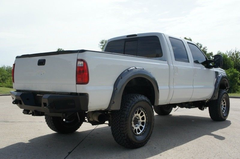 low miles 2008 Ford F-350 4WD Crew Cab XLT lifted