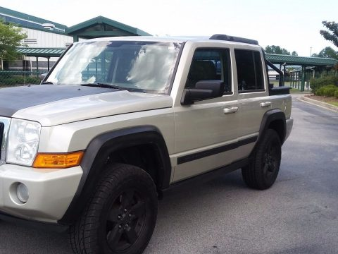 one of a kind 2008 Jeep Commander lifted for sale