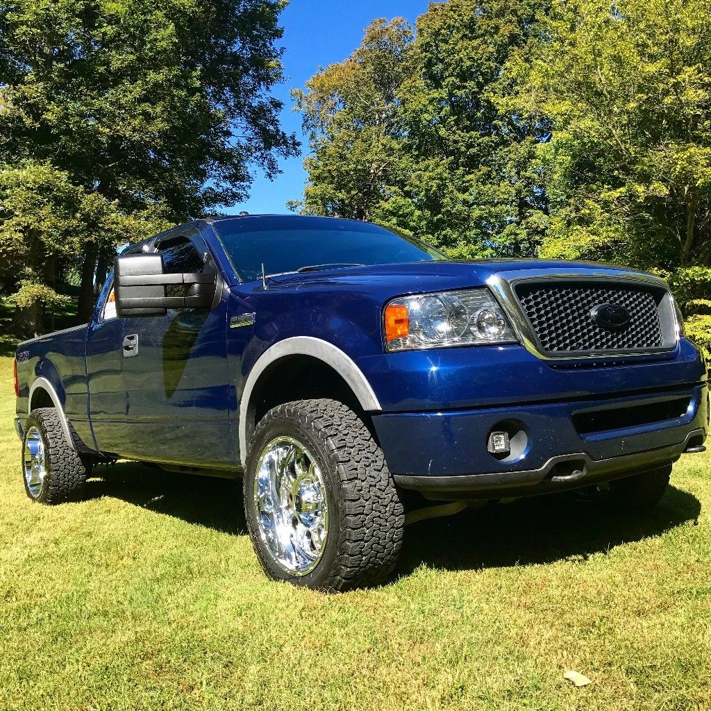 clean and sharp 2007 ford f 150 fx4 lifted for sale. Black Bedroom Furniture Sets. Home Design Ideas
