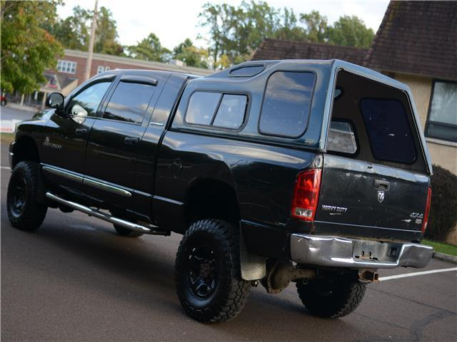 loaded 2006 Dodge Ram 2500 Laramie lifted