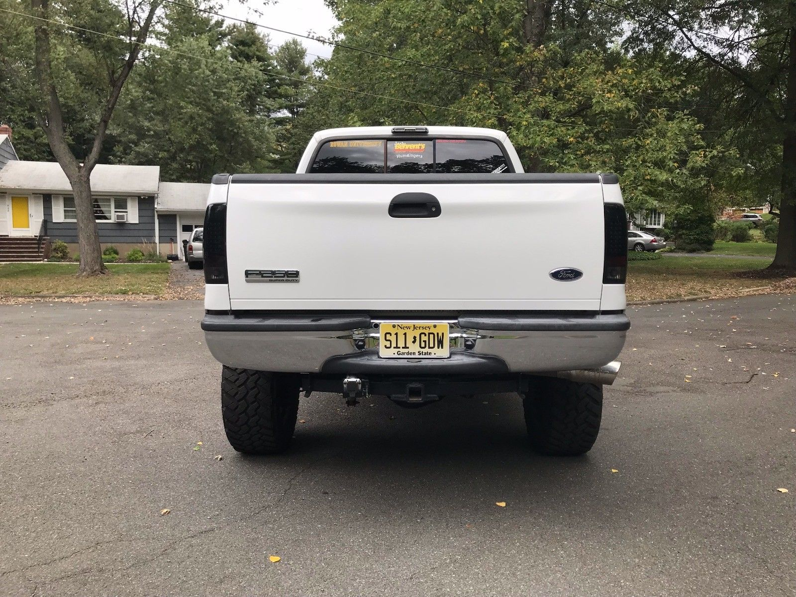 upgraded 2005 Ford F 250 Lariat lifted