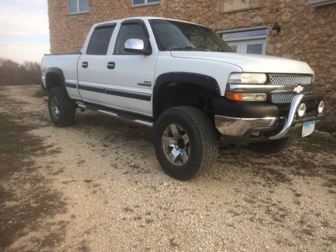 aftermarket accessories 2002 Chevrolet Silverado 2500 LT lifted for sale