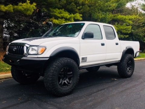 great shape 2002 Toyota Tacoma lifted for sale