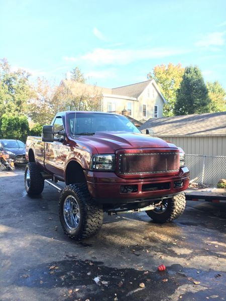loaded 2004 Ford F 250 xlt lifted