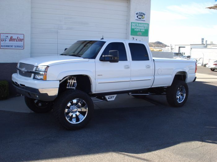 well equipped 2003 Chevrolet Silverado 2500 Lifted