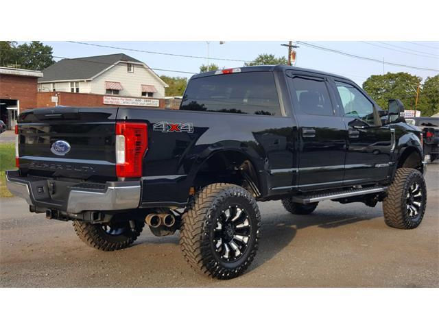 awesomely equipped 2017 Ford F 250 Super Duty XLT lifted