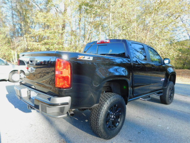 Short Box 2017 Chevrolet Colorado Z71 Crew Cab 4wd Lifted