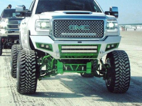 show truck 2015 GMC Sierra 2500 Denali lifted for sale