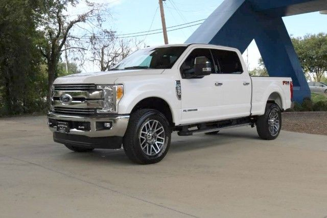 very low miles 2017 Ford F 250 Lariat lifted
