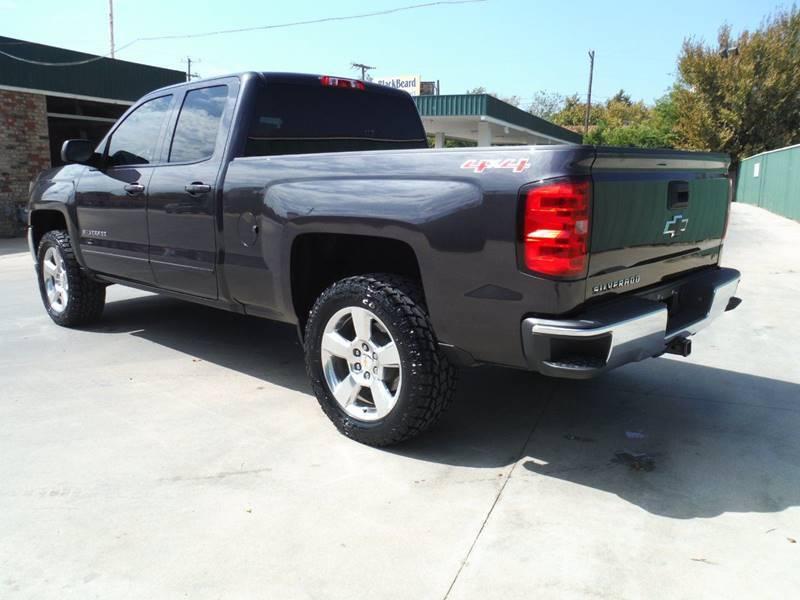 well loaded 2016 Chevrolet Silverado 1500 LT lifted