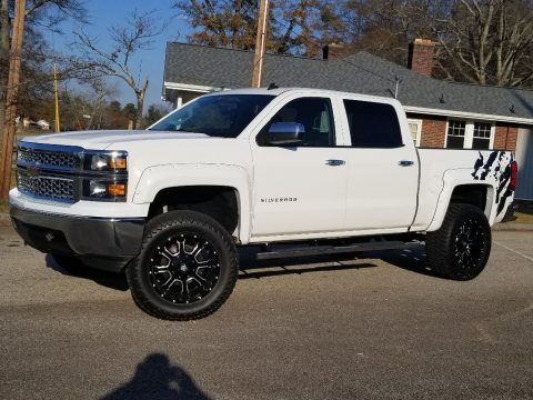 well optioned 2014 Chevrolet Silverado 1500 LT lifted for sale
