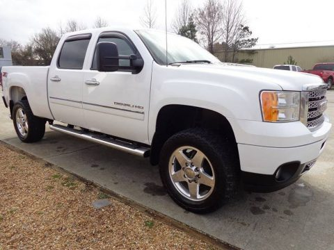 clean 2013 GMC Sierra 2500 Denali 4×4 lifted for sale