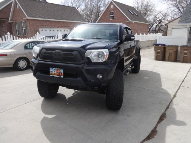 Well Maintained Toyota Tacoma Trd Offroad Lifted For Sale on 1988 Toyota 4runner Camper Shell