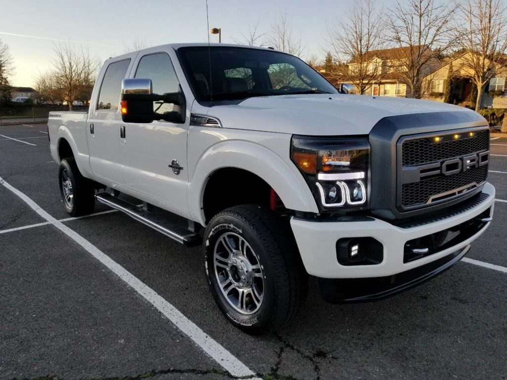 well optioned 2013 Ford F 250 Platinun lifted