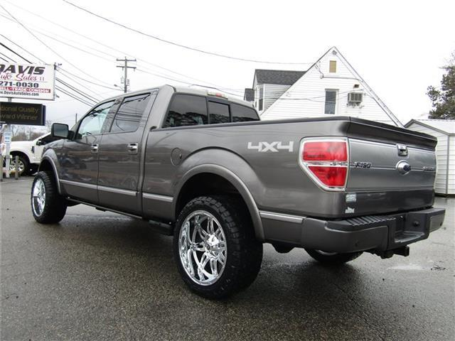 2009 Ford F 150 Platinum Lariat 4X4 Crew Cab lifted