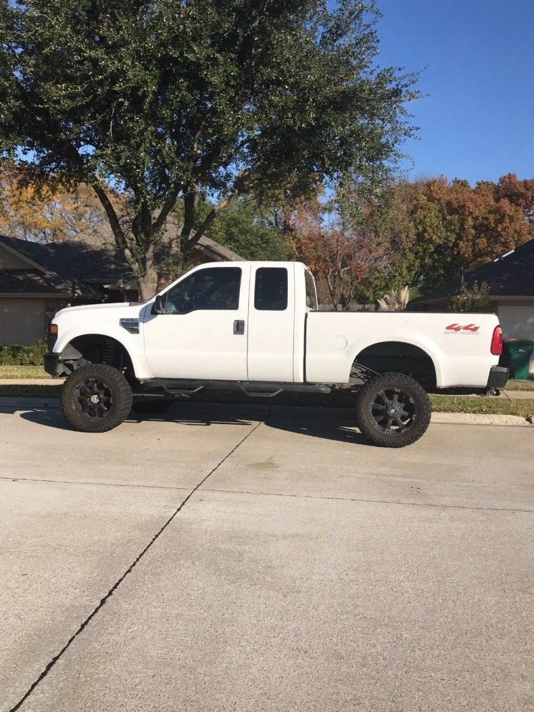 reliable 2008 Ford F 250 Super Duty 4×4 XL lifted