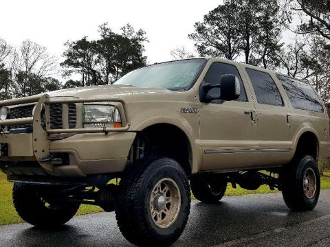 garage kept 2004 Ford Excursion lifted for sale