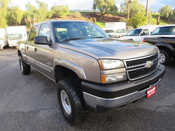 low miles 2007 Chevrolet C2500 DSL LT lifted