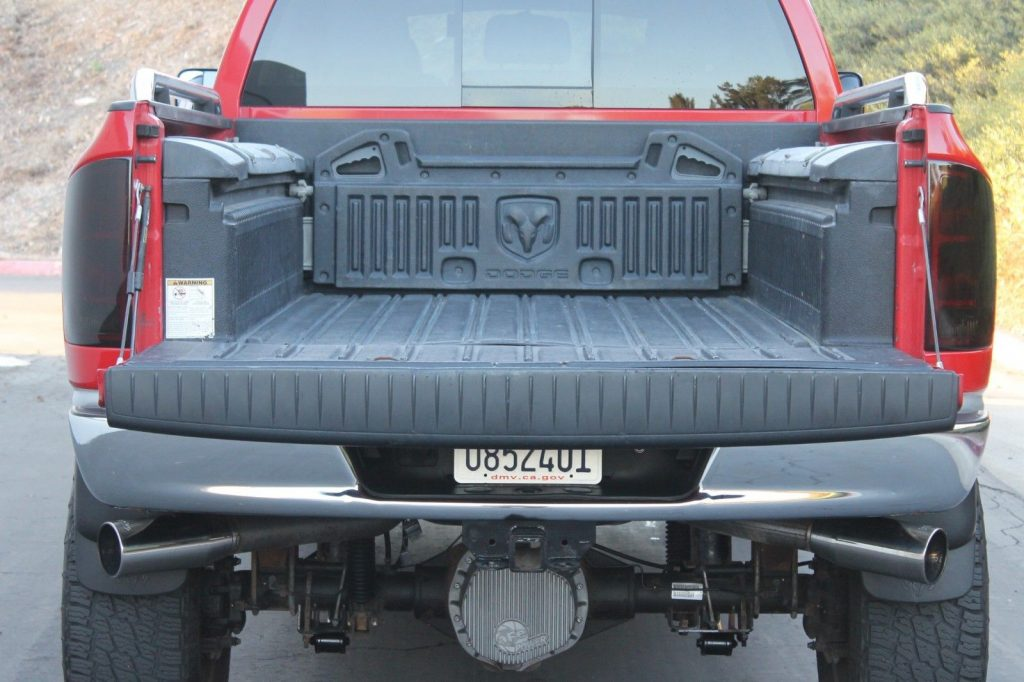 tons of upgrades 2006 Dodge Ram 3500 Laramie MEGA CAB lifted