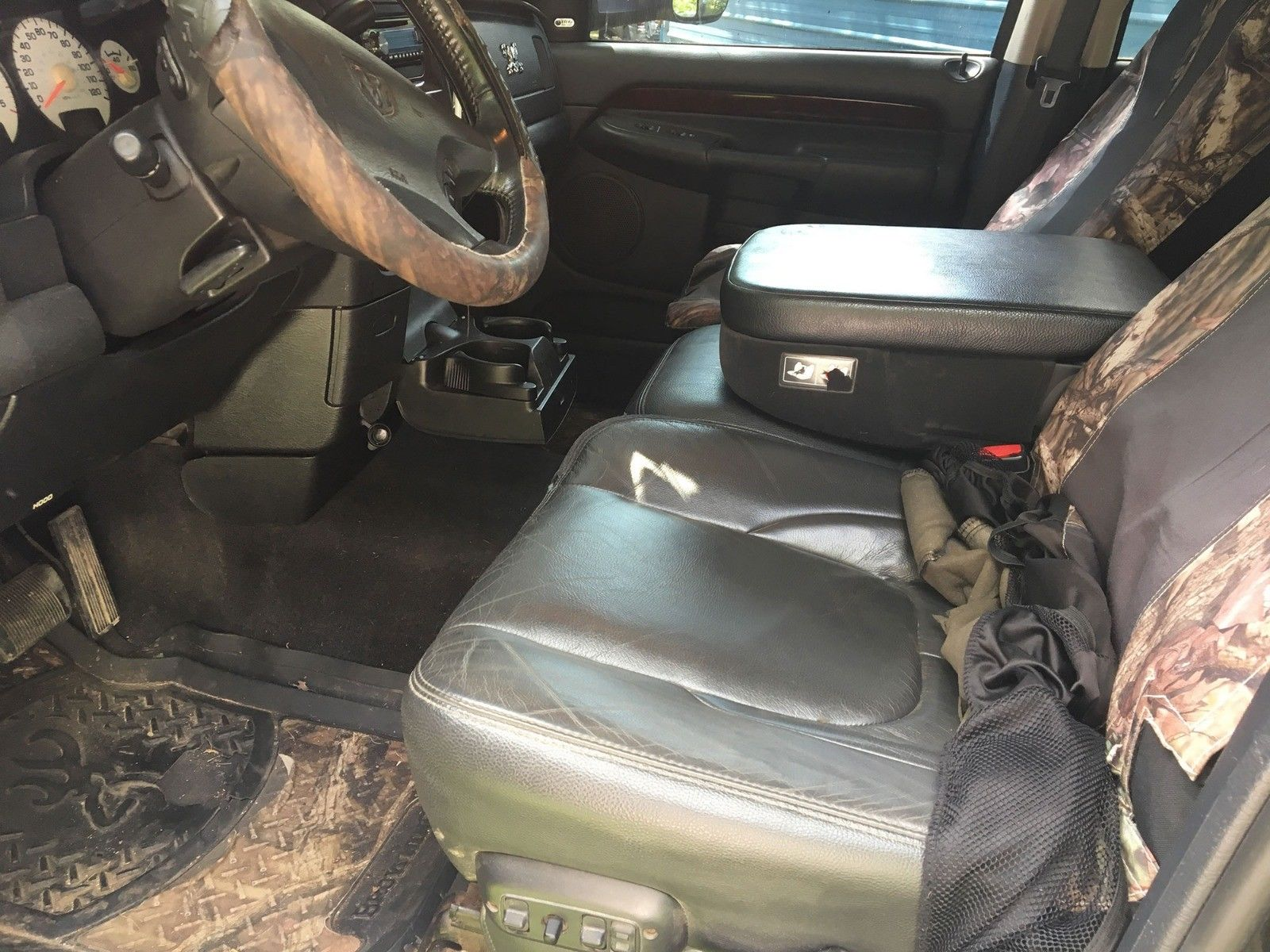 well maintained 2003 Dodge Ram 3500 new parts lifted
