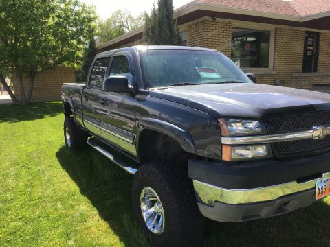 well serviced 2003 GMC Sierra 2500 HD Duramax Diesel Custom lifted for sale
