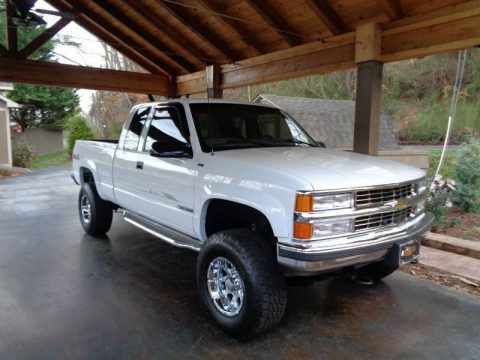 loaded 1997 Chevrolet Silverado 2500 4×4 lifted for sale