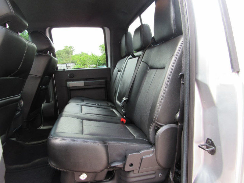 low mileage 2015 Ford F 250 Super DUTY crew cab lifted